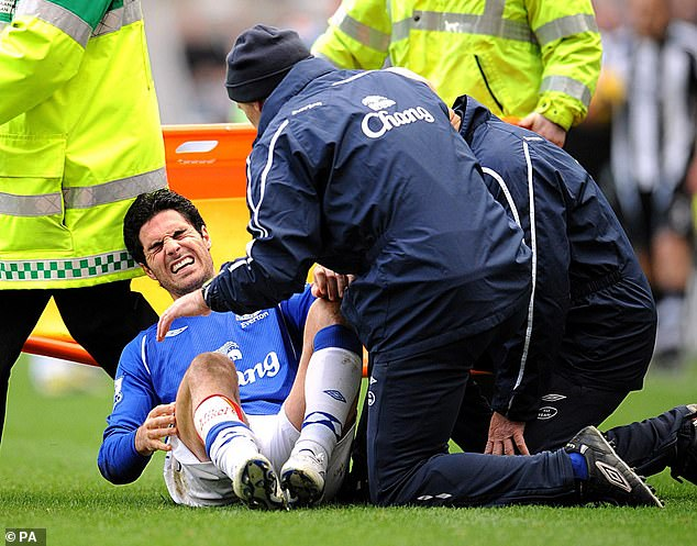 Mikel Arteta suffered a serious knee injury playing for Everton at Newcastle in February 2009